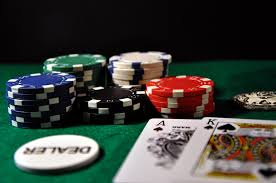 Multiplayer Games in Online Rummy Sites